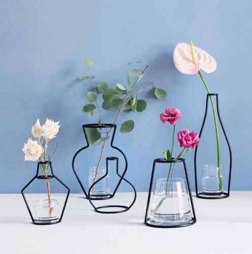 Creative Art Style, Retro Iron Line Flowers Vase
