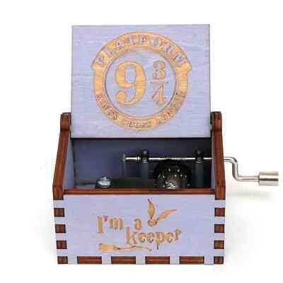 Platform 9 3/4 King's Cross London Hand Crank 18 Tones Wooden Music Box - Harry Potter Collectible