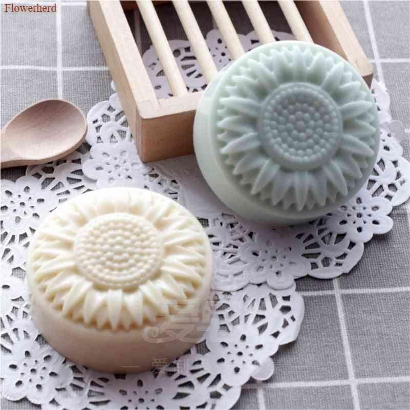 Daisy Flower Diy Handmade Silicone Soap, Candle Mold, Fondant Cake Decors Tools