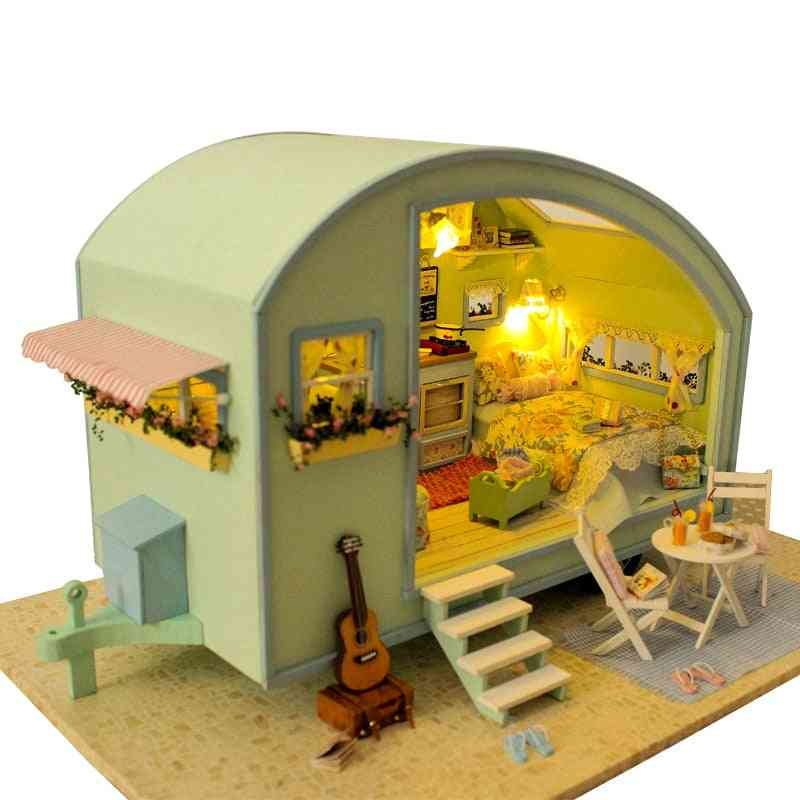 Wooden Doll Houses Miniature And Furniture Kit For