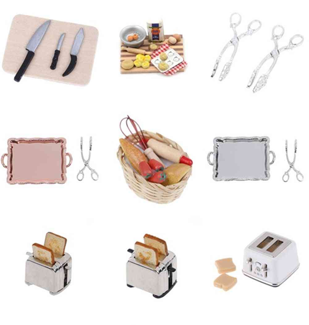 Microwave Food Bread Cooking Board, Knife Chopping Block Scale Miniature For Doll House