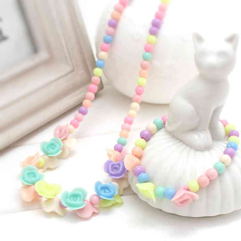 1 Set Of Acrylic Beads, Flower Necklace And Bracelet For