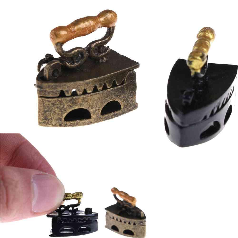 Mini Dollhouse Miniature, Vintage Metal Iron Clothes Tool Furniture