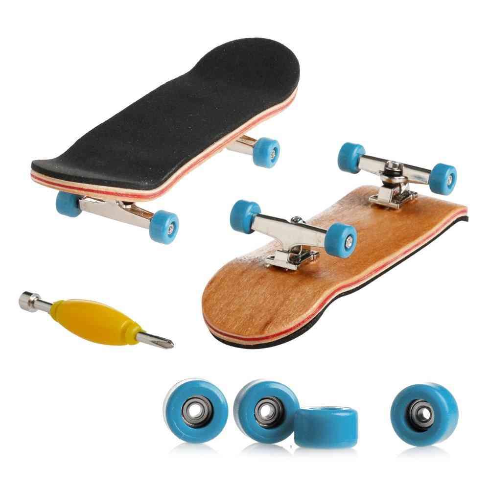 Mini Skateboarding Finger Board
