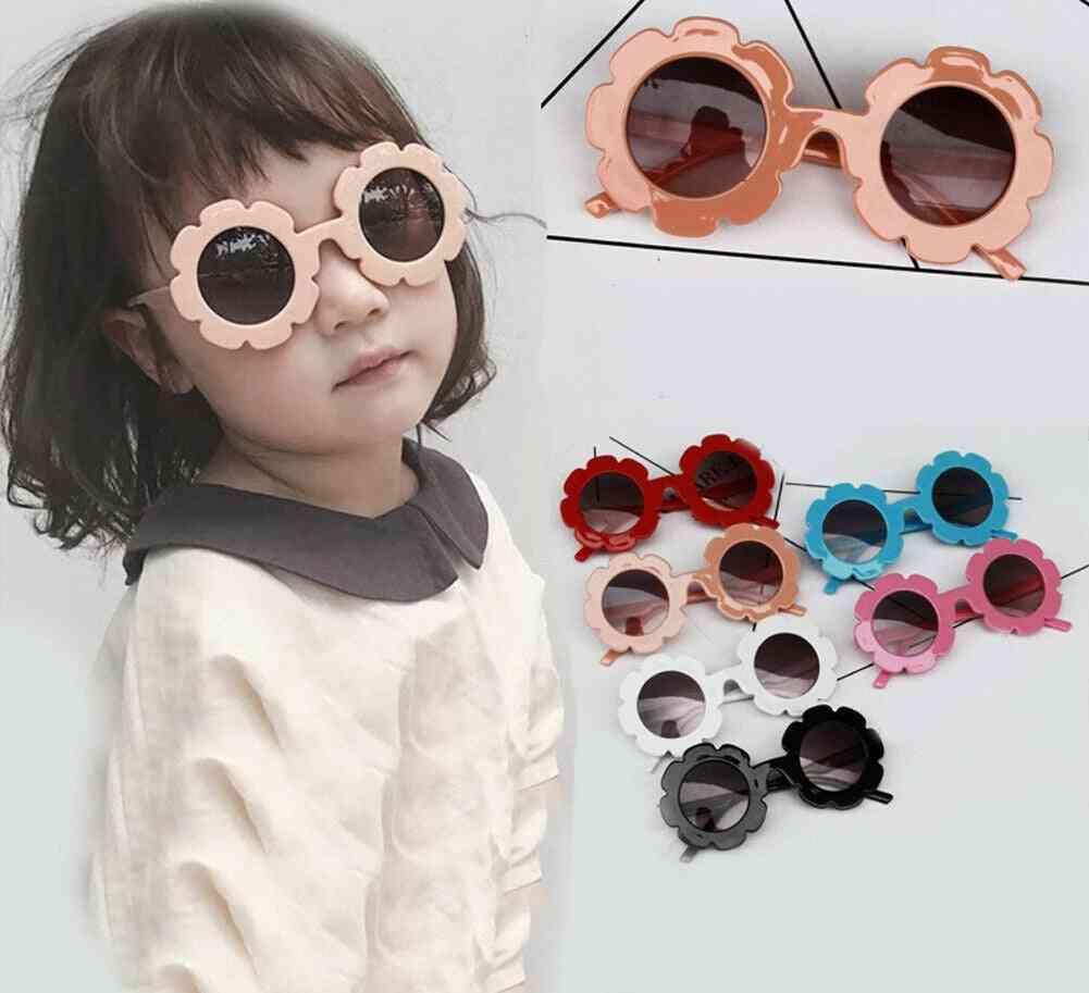 Lovely Flower Shaped-adorable Sunglasses