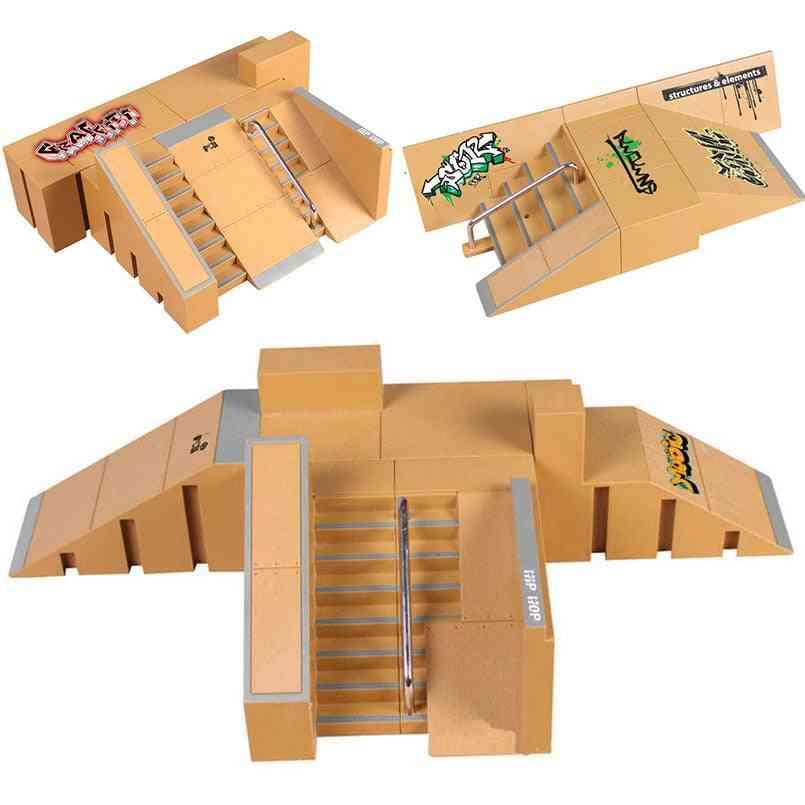 Mini Alloy Finger Skating Board Venue Combination