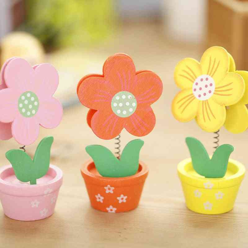 Creative Flower Design Small Pot Wooden Clip