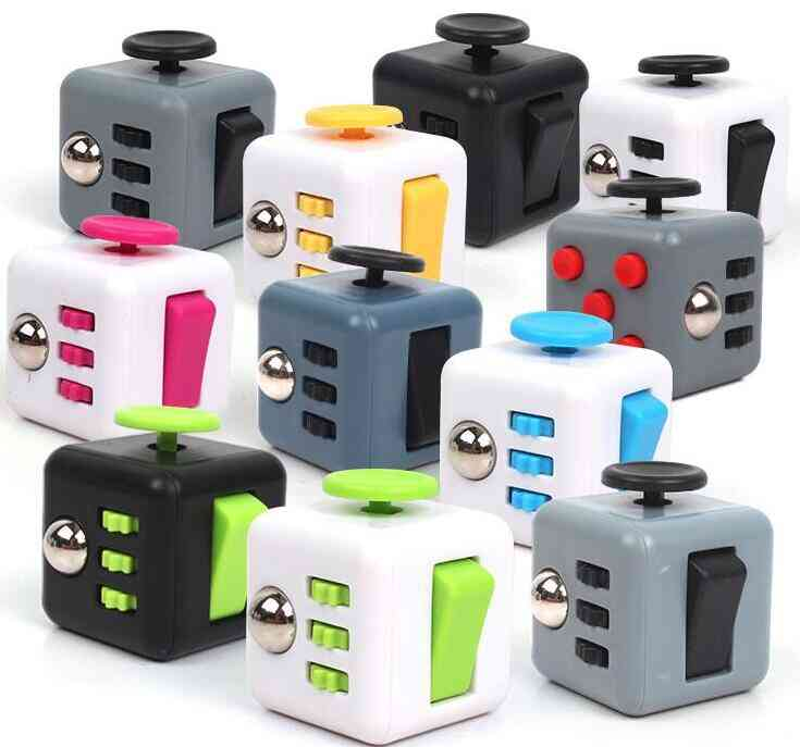 3.3cm Cube With Buttons-stress Relief Toy For Adults And