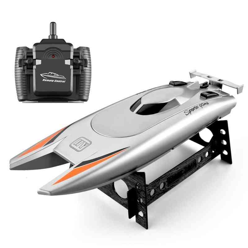 Radio Remote Control Boat With Dual Motor Design
