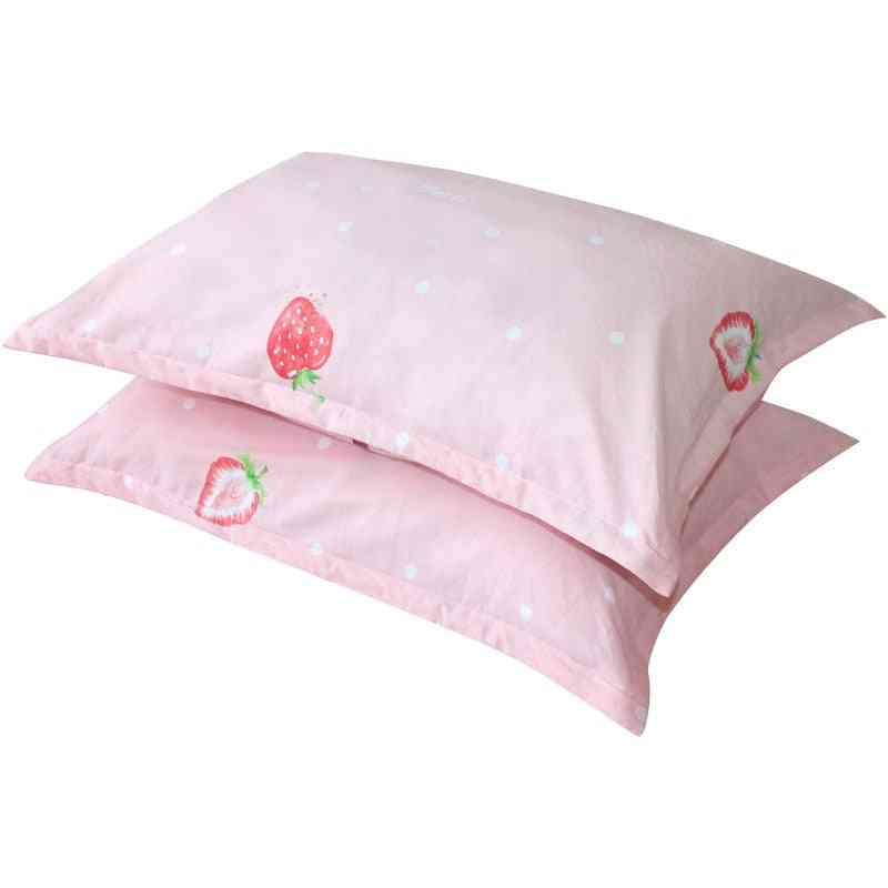 Breathable Baby Pillowcase, Strawberry Printed Infant Pillow Cover