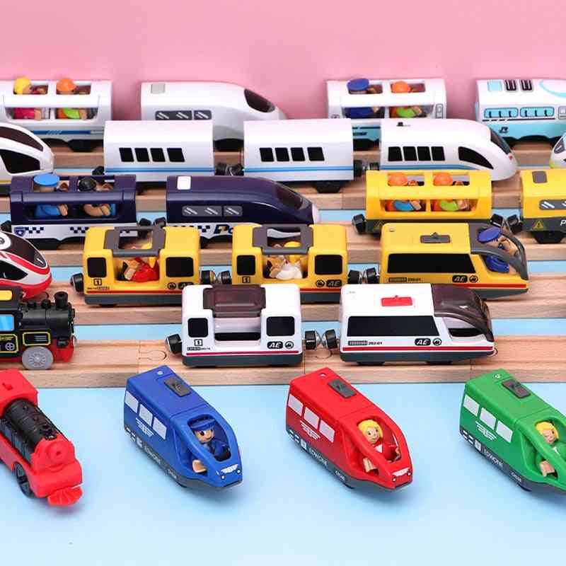 Electric Train Magnetic Slot Diecast Railway With Two Carriages Wood Toy