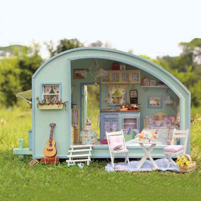 Wooden Furniture Miniature Doll House