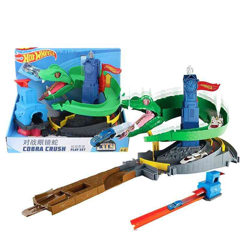 Cobra Shape, Racing Track Toy Car Competition