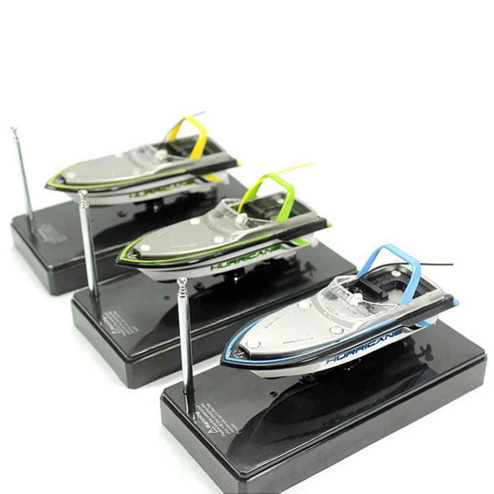 Mini Rc Waterproof, High-speed Racing Boat For