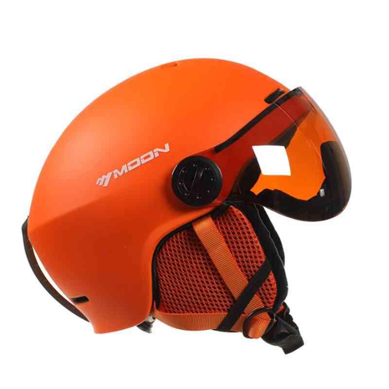 Moon Skiing Helmet Goggles Integrallyn Molded