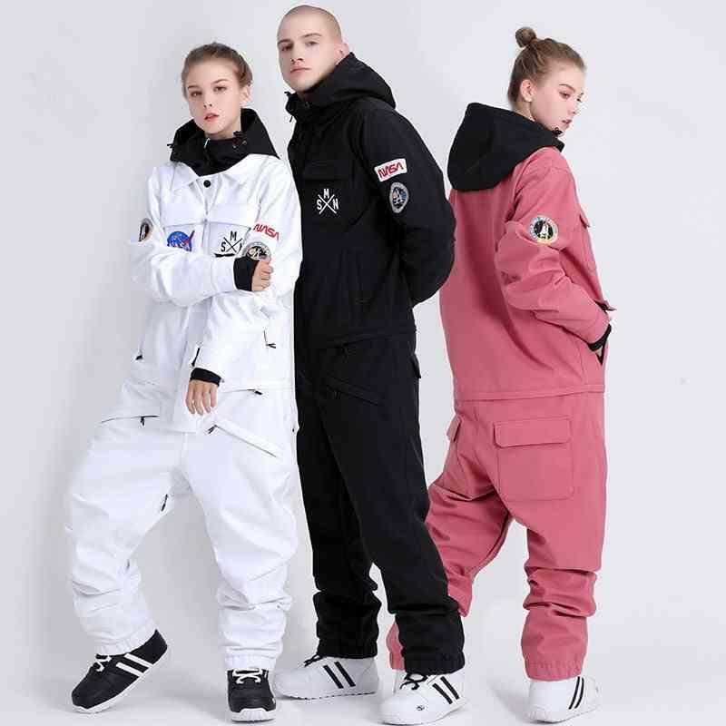 Waterproof And Windproof Couple Ski Suit
