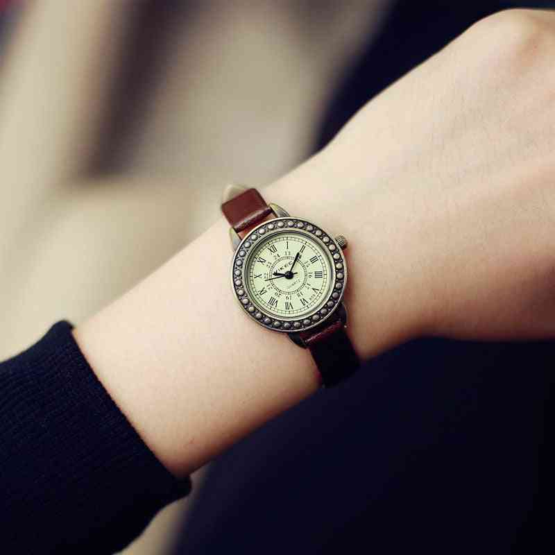 Ladies Designer Vintage Leather Bracelet  Brown Retro Roma Quartz Wristwatches For Woman