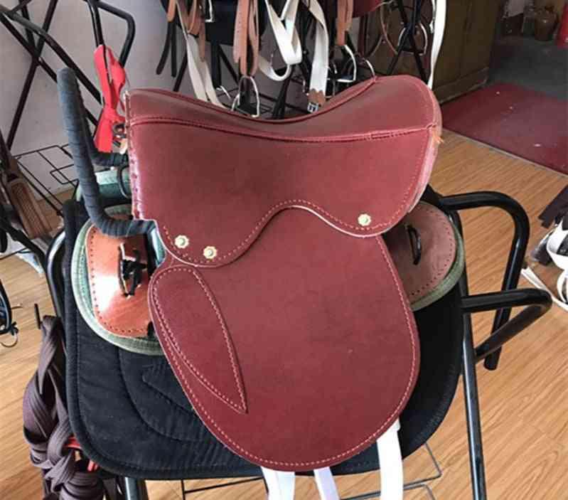 Tourists Horse Saddle