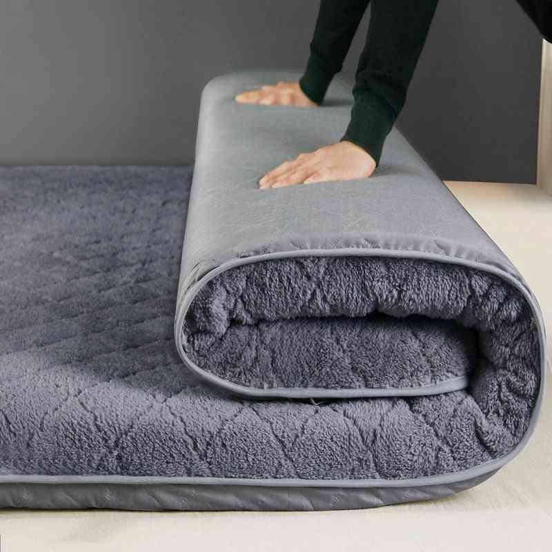 Foldable Winter Warm Mattresses