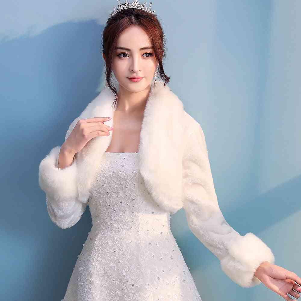 Women Winter Warm Faux Fur Bridal Shrug Elegant Long Sleeve Accessory Collar Shawl