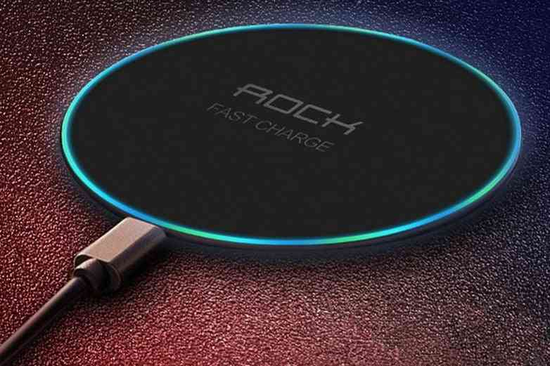 Fast Wireless Charging Pad For Smartphones