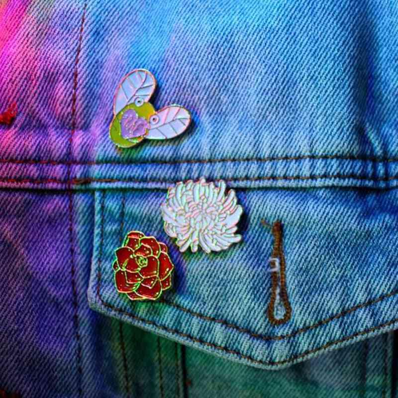 Collection Enamel, Cartoon Animals Brooches, Lapel Fox Bee, Badges Pins
