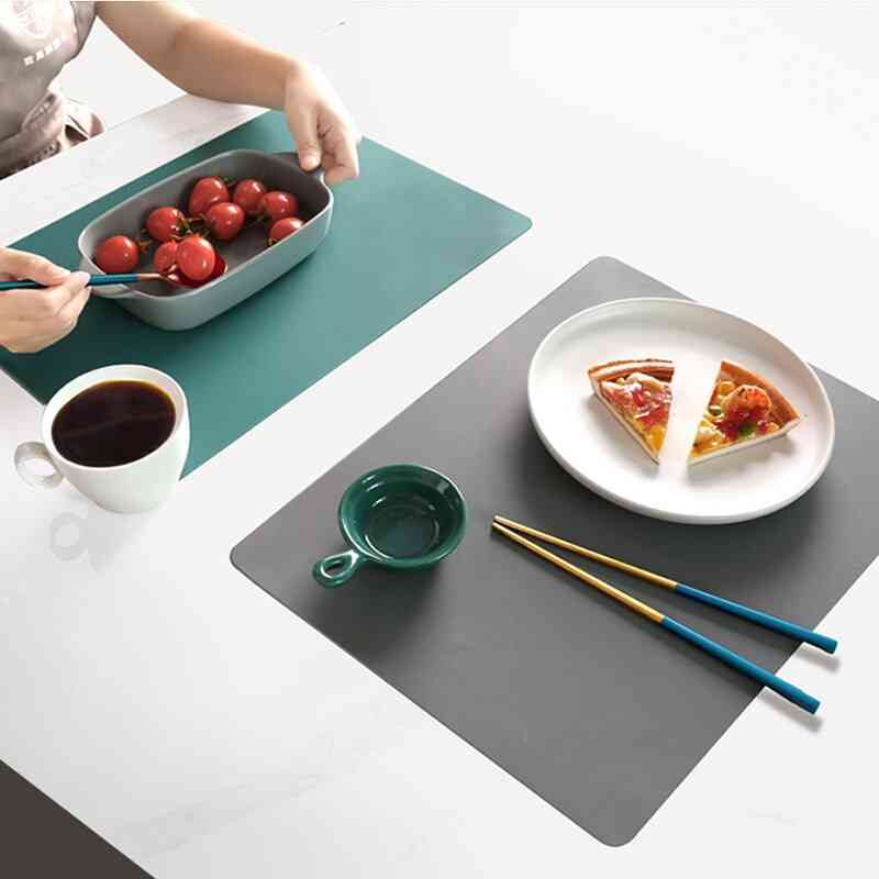 Anti-skidding Silicone Waterproof Placemat Table Mat