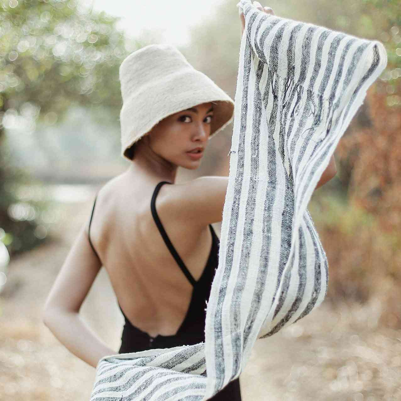 Fatima Hand-loomed Raw Cotton Scarf