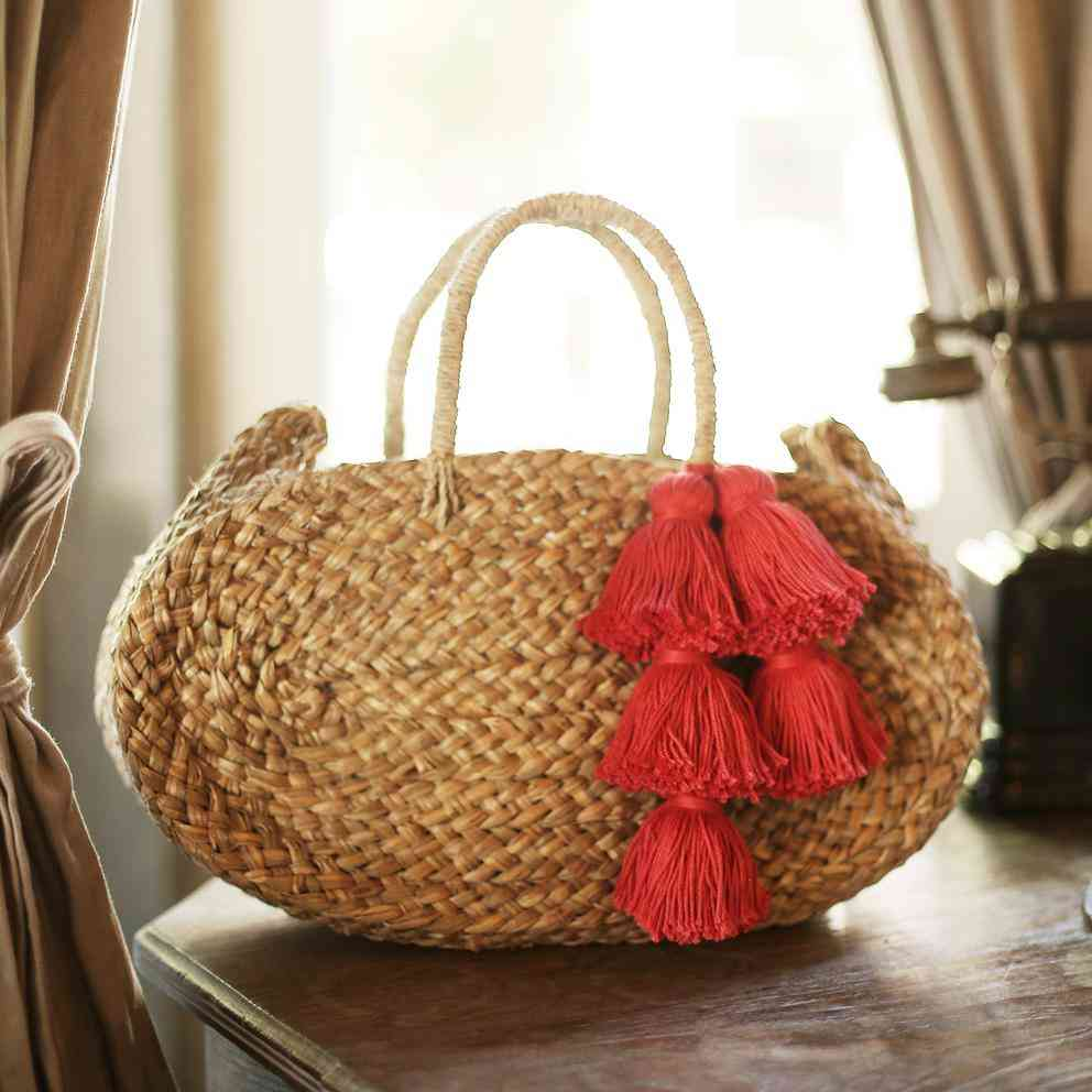 Oval Luna Straw Tote Bag With Tassels