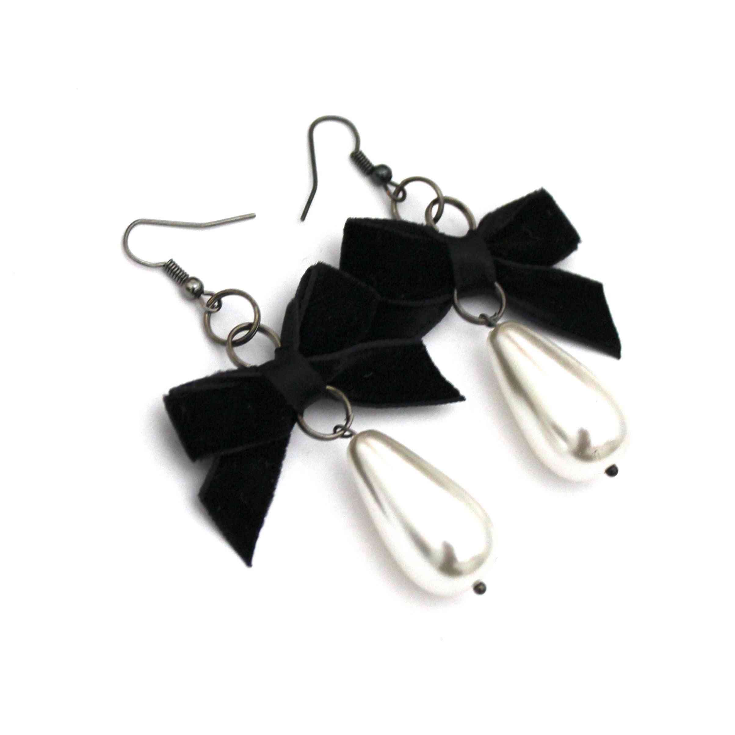 Victorian-inspired Bow Earrings