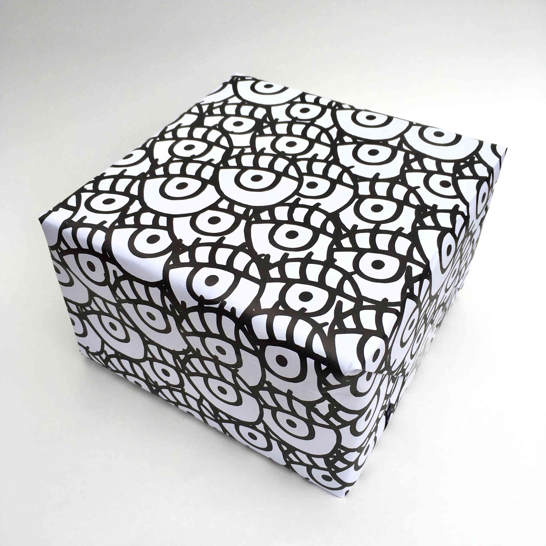 Eyes Printed Wrap Paper