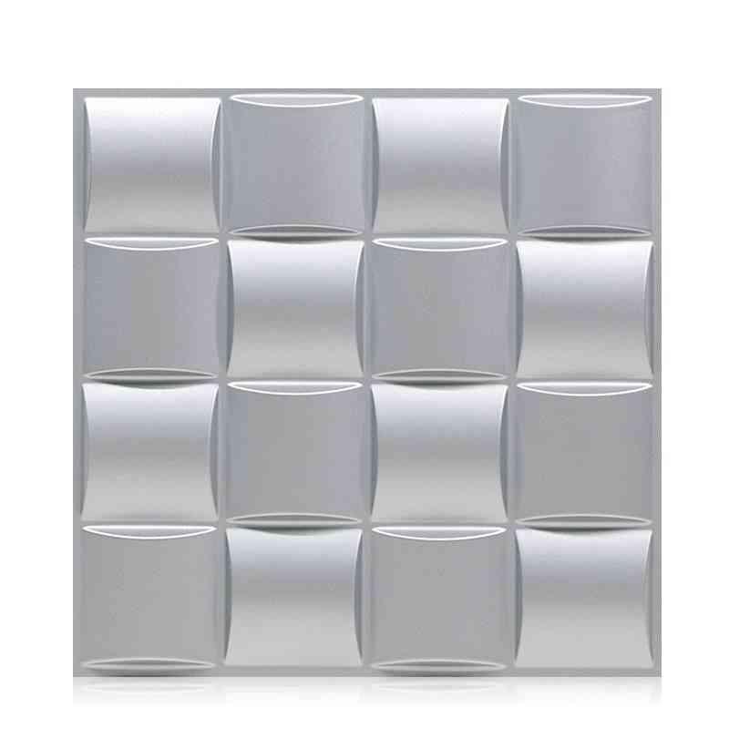 Geometric Cut Diamond Wood Carved Wall