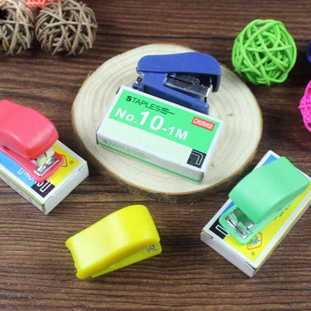 Mini Plastic Binder Mini Stapler Set