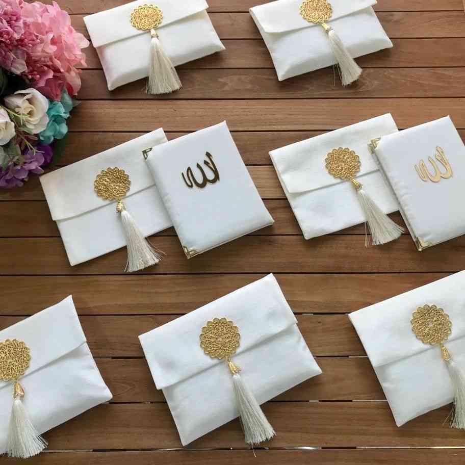 Ramadan Set , Yaseen Book In Velvet Brooch Bag, In Arabic Language Only