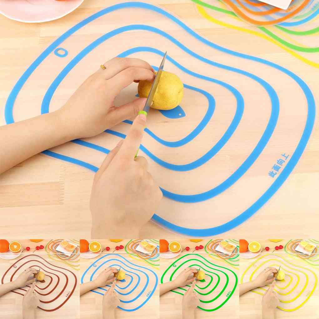 Plastic Non-slip Frosted Kitchen Cutting Board