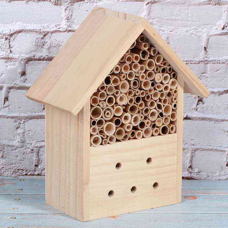 Outdoor Mini Durable Pine Wood Insect House