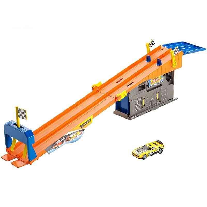 Hot Wheels Rooftop Race Garage Playset Car Track Builder