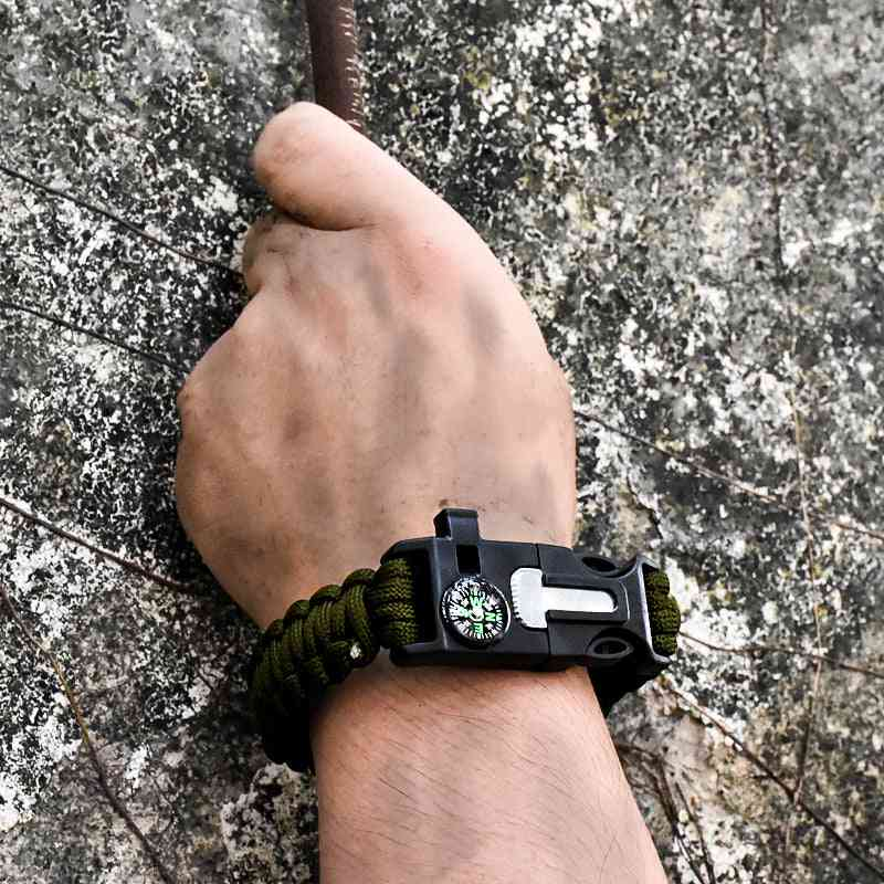 5 In 1 Outdoor Survival Paracord Bracelet