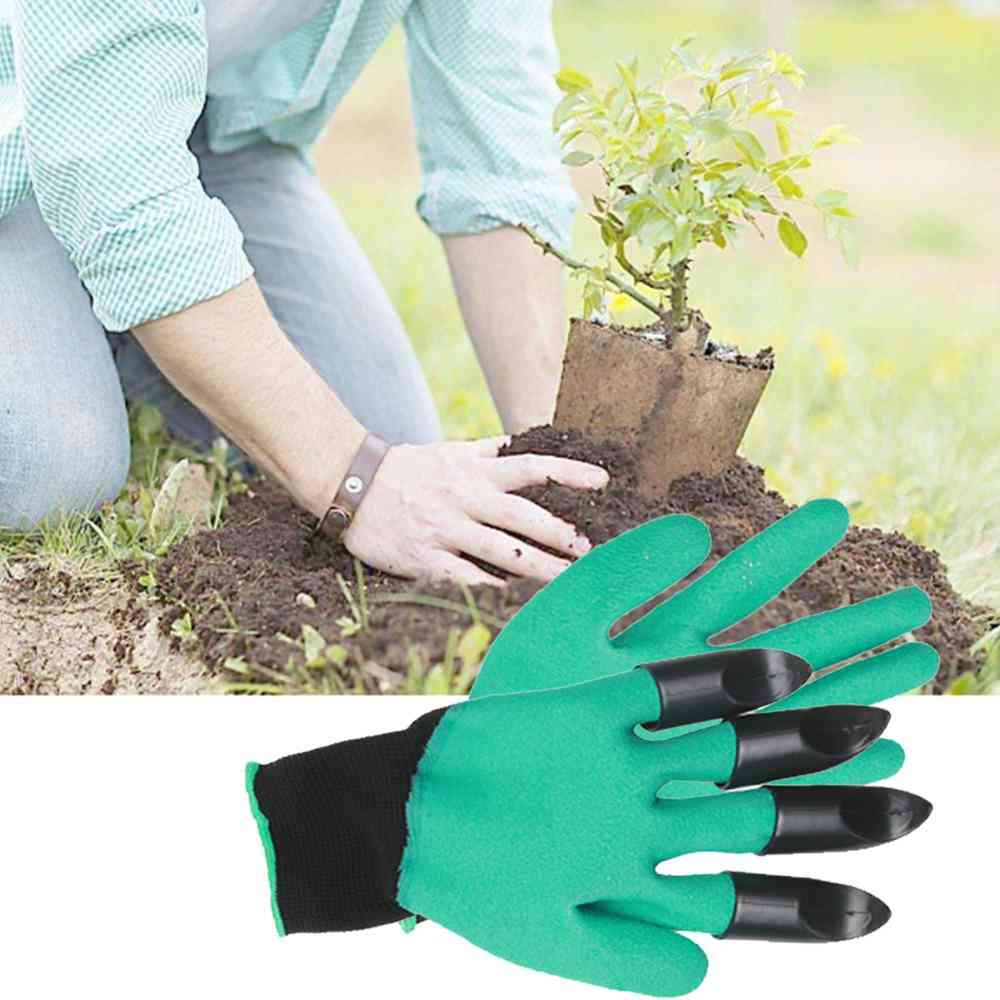 Plastic Garden Genie Rubber Gloves With Claws